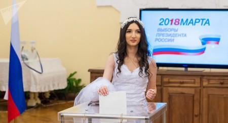 Նախ` նախագահ, ապա` ամուսին. Երևանում աղջիկը հարսի շորով ընտրության էր եկել (լուսանկարներ)