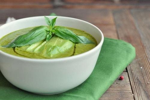 Холодный суп из авокадо и огурца — рецепт здорового питания