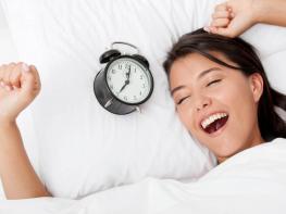 3 պարզ վարժություն առավոտյան վաղ արթնանալու համար