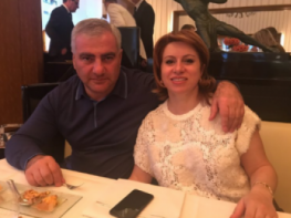 Սամվել Կարապետյանի կինը հարսների և դստեր հետ նոր լուսանկար է հրապարակել