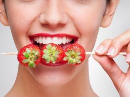 Ваше сиятельство  продукты, которые делают зубы белее