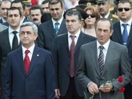 Ռոբերտ Քոչարյանի հարվածը՝ Սերժ Սարգսյանին