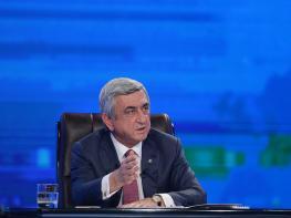 Ո՞վ է նա, ով կողմ չքվեարկեց Սերժ Սարգսյանին. Լուսանկար. տեսանյութ