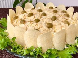 Աղցան Ոսկե աքաղաղ․ Այն համտեսեք և ճաշակեք յուրահատուկ աղցանի համը