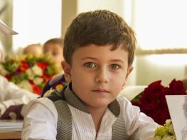Անահիտ Սիմոնյանի և Հայկոյի որդին, այսօր գնաց առաջին դասարան