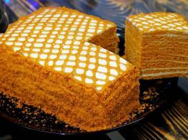 30 րոպե և շատ համեղ և գեղեցիկ կարամելով տորթը պատրաստ է