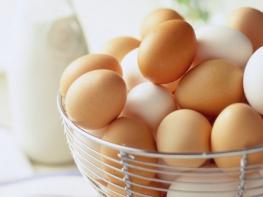 Вот чем в корне отличаются коричневые яйца от белых! А вы знали?