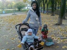 Ուկրաինայում բռնության ենթարկված վանաձորցի Սյուզին անելանելի վիճակում է. նրանից խլել են մանկահասակ երեխային