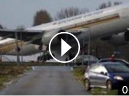 ՈՒժգին քամու պայմաններում ինքնաթիռի անձնակազմը որոշեց վայրէջք կատարել. այն, ինչ տեղի ունեցավ արդյունքում, շոկի է ենթարկել ողջ աշխարհը